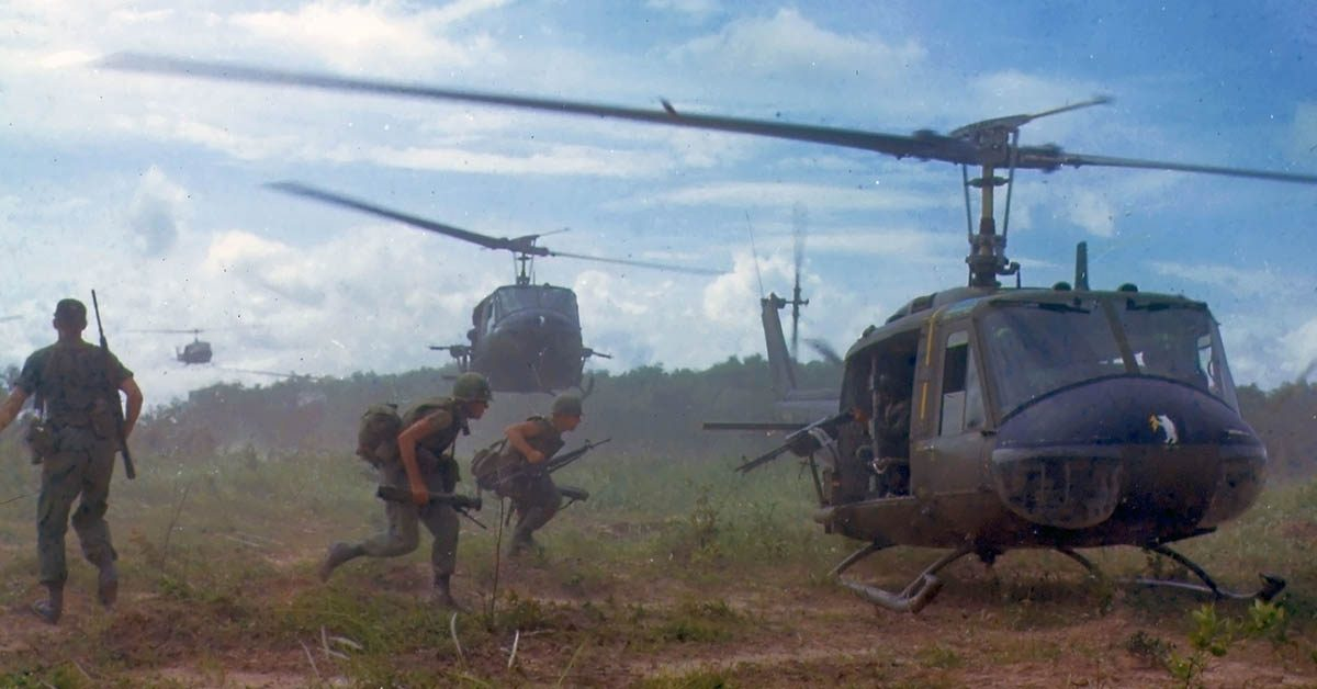 helicopters in vietnam david pettey